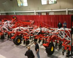 Bourgault-100-ft-drill